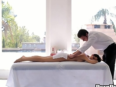 Ravishing chick receives a sensual massage in advance of doggystyle sex