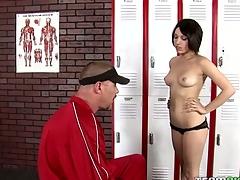 Schoolgirl lastly gets access to a huge older schlong
